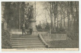 LUXEMBOURG - Monument De La Princesse Amélie Des Pays-Bas Dans Le Parc - Luxembourg - Ville