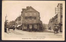 TORIGNI - SUR - VIRE . Carrefour Et Rue Thiers . Café Simon . Animé . - Francia