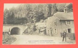 Les Vosges Pittoresques - Bussang - Le Tunnel Côté Alsacien ::: Animation - Gendarme - Douanier ----- 273 - Col De Bussang