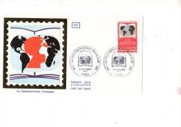 ENVELOPPE 1ER JOUR---LA DOCUMENTATION FRANCAISE---PARIS---16 NOVEMBRE 1985 - FDC