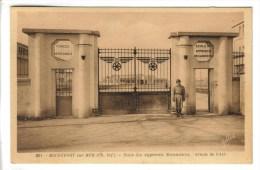 CPSM MILITAIRE ROCHEFORT (Charente Maritime) - Ecole Des Apprentis Mécaniciens Armée De L'air - Rochefort