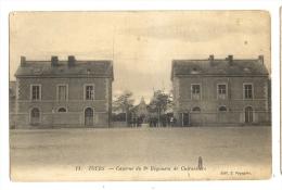 Cp, Militaria, Tours (37) - Caserne Du 8è Régiment De Cuirassiers - Caserme
