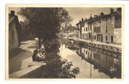 Cp, 01, Bourg-en-Bresse, Les Bords De La Reyssouze - Autres