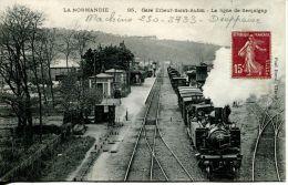 N°5774A -cpa Elbeuf Saint Aubin (76) -la Gare- Ligne De Serquigny- - Gares - Avec Trains