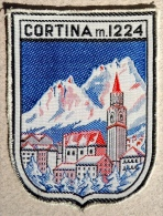 Ecusson CORTINA M.1224 (ITALIE) Tissu Brodé - Ecussons Tissu