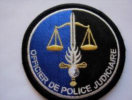 INSIGNE PATCH DE LA GENDARMERIE NATIONALE OPJ OFFICIER POLICE JUDICIAIRE SUR VELCRO AU DOS AGREE DGGN ETAT SUP - Police & Gendarmerie