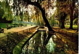 VANVES : Le Parc Municipal - Vanves