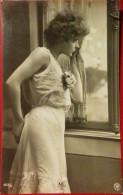YOUNG WOMAN,SEXY,1910,VINTAGE POSTCARD,SENT TO CERTEJ,ROMANIA - Romania