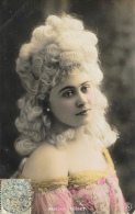 Mariska Recset - Photo Reutlinger - Women