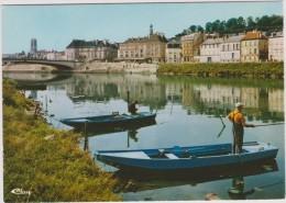 Aisne:  CHATEAU  THIERRY  : Quai   De La  Poterne  - Barque - Chateau Thierry