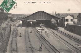 CPA Etampes - La Gare - Vue Intérieure - Etampes