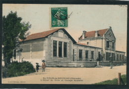 SAINT YZAN DE SOUDIAC - L'Hôtel De Ville Et Groupe Scolaire - France