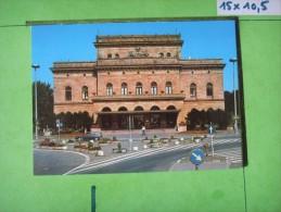 77)  Braunschweig   :  Theater : Recto- Verso : 1 Voiture Gs Citroen ! - Braunschweig