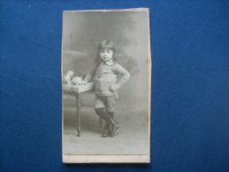 Photo CDV Pierre Petit à Paris  -  Petit Garçon Aux Cheveux Longs L193 - Photos