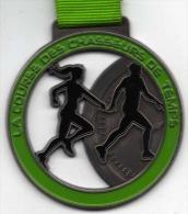 Médaille Émaillée Marathon : La Course Des Chasseurs De Temps (avec Ruban) - France