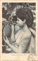 Océanie - Fidji - Picking Bread Fruit, Fiji (seins Nus) (cachet General Post Office Suva Fiji) - Fidji