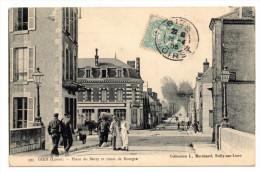 GIEN (45) - PLACE DU BERRY ET ROUTE DE BOURGES - Gien