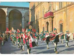 3995.   Siena - Il Palio- Trombetti E Musici Di Palazzo - Siena
