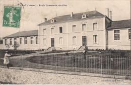CIVRAY ECOLE COMMUNALE DES FILLES - Civray