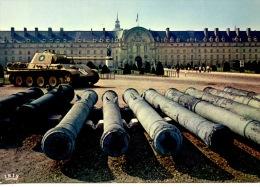 Paris : Façade De L' Hotel Des Invalides -(n°405 éd Chantal) Canons - Char (guerre) - France