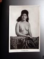 Carte Postale Ancienne : SAMOA : A Samoan Beauty, Nude, Topless - Samoa