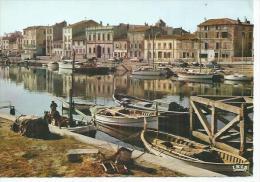 7 - PORT LA NOUVELLE - LES QUAIS ( Animées ) - Port La Nouvelle