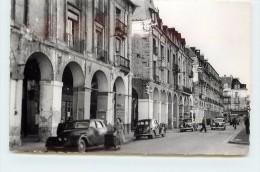 DIEPPE - Les Arcades, Voitures Anciennes. - Dieppe