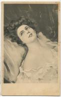 Tres Belle Femme Viennoise Decolleté Erotisme Edit Sirven Paris - Women