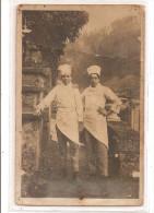 carte photo cuisiniers cuisinier aprentis situer au dos voir fl�che