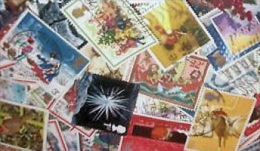 Great Britain LazyBag 500g (1LB-1½oz) OFF PAPER. Christmas Stamps More Modern KILOWARE GB Xmas  [vrac Kilowaar Kilovara] - Briefmarken