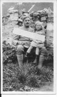 Verdun 1916 Soldat Français Du 96è R.I Avec Une Fillette Sur Les Genous 1 Photo 1914-1918 14-18 Ww1 Wk1 - War, Military