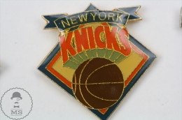 New York Knicks - USA Basketball Team  - Pin Badge #PLS - Baloncesto