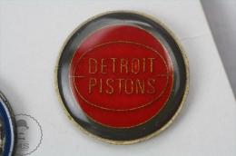 Detroit Pistons Basketballl Team  - Enamel Pin Badge #PLS - Baloncesto