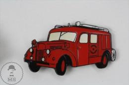 Old Fireman/ Firefighter Firetruck - Fire Engine - Pin Badge #PLS - Bomberos