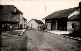 39 - MONTROND - Rue De La Poste - Rasurel - France