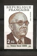 NON DENTELE NUMERO 2344 NEUF SANS CHARNIERE. - France