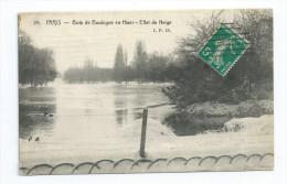 CPA 92 Bois De Boulogne En Hiver Effet De Neige Timbre Perforé - Boulogne Billancourt
