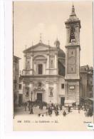 CPA  (06) NICE - La Cathédrale  -  Animée  (127) - Monumenten, Gebouwen