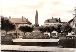SARREBOURG 57 - Le Monument Aux Morts - 6403 - N-1 - Sarrebourg