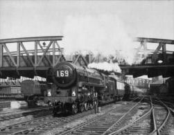 Britannia Class 4-6-2 Paddington-Pembroke  Train - Railway