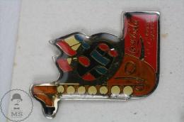 Coca Cola Music System Advertising - Pin Badge #PLS - Coca-Cola