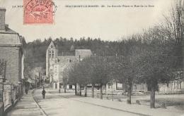 Beaumont-le-Roger (Eure) - La Grande Place Et Rue De La Gare - Beaumont-le-Roger