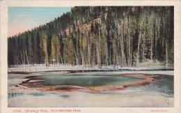 Wyoming Yellowstone Park Emerald Pool