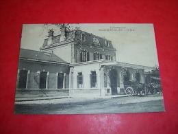 Villeneuve Sur Lot  La Gare - Stations Without Trains