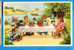 FR548, Chats Déguisés, Cat, Katze, Le Pique-nique Au Bord Du Lac, Famille De Chats, Fantaisie,  Non Circulée - Dressed Animals