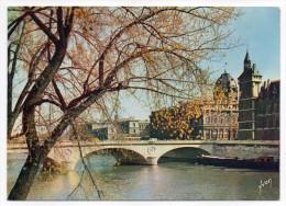 PARIS 1°--La Seine Au Pont Au Change Cpsm 15 X 10 N°2863 éd Yvon--cachet GERMOND--79-Deux-Sèvres - Arrondissement: 01
