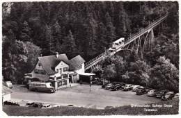 Drahtseilbahn Schwyz-Stoos: SAURER AUTOBUS/COACH, OLDTIMER AUTO'S, VOITURES - Talstation Stoosbahn  - Suisse/CH - Voitures De Tourisme