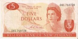 BILLETE DE NUEVA ZELANDA DE 5 DOLLARS DEL AÑO 1977-81 (BANKNOTE) (BIRD) - Nueva Zelandía