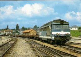 CPM LE RAIL USSELLOIS N° 180 BB 67063 En Gare D'EYGURANDE MERLINES 19 - Trains