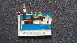 Pin Venezia  -P67 - Città